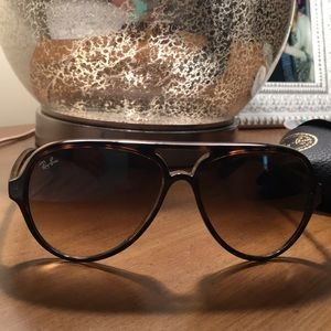 Ray-Ban Oversized Cats 5000 sunglasses RB4125